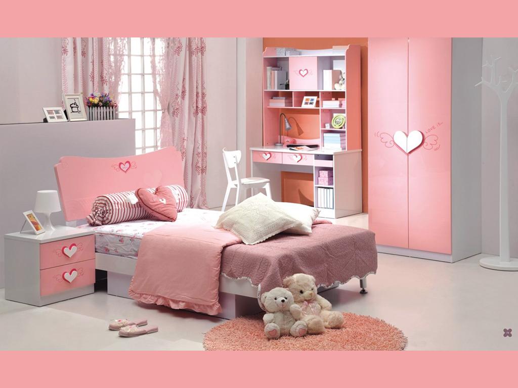 欧式粉红色壁纸房间